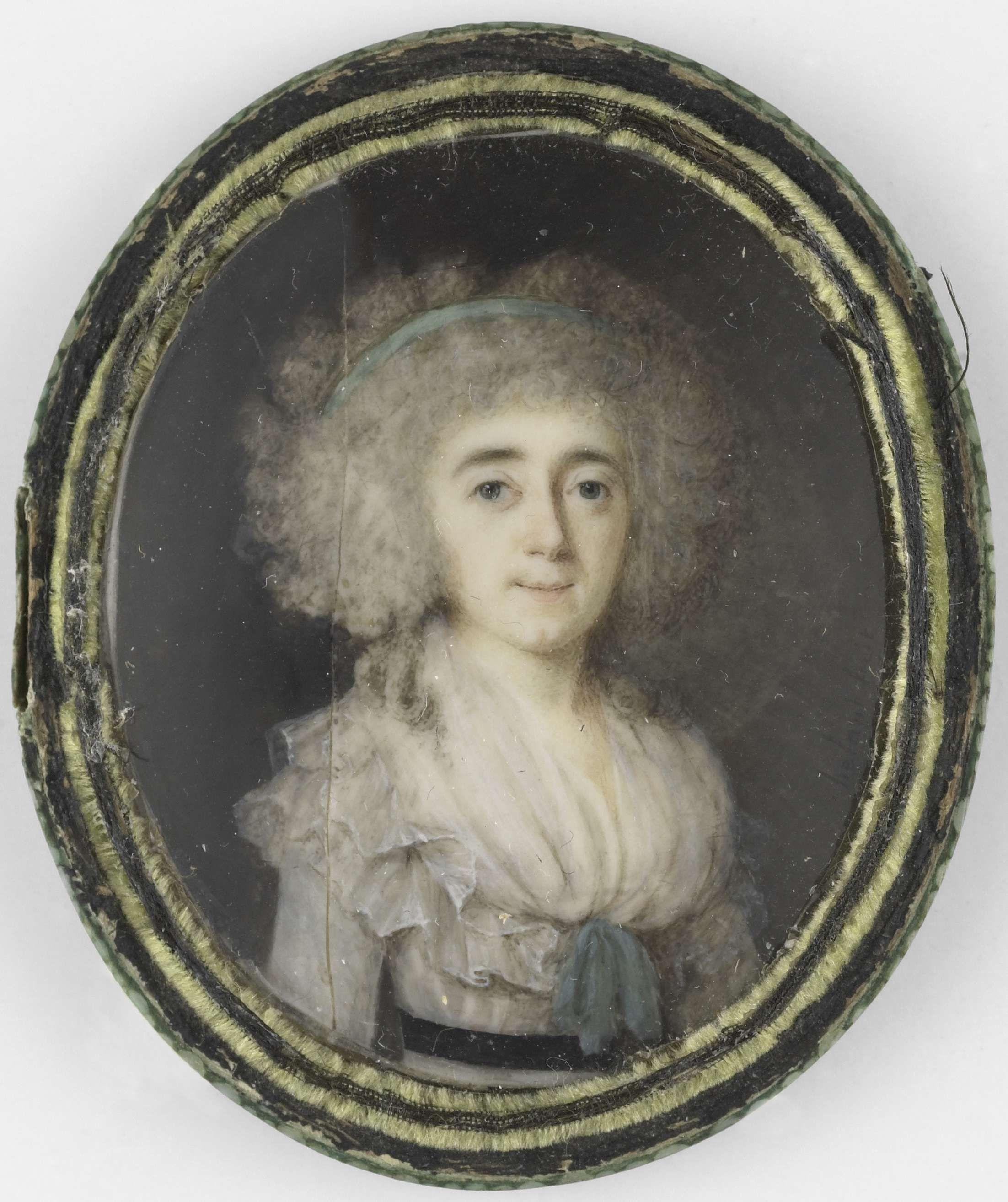 Anthonie Joseph Helant   Portret van een vrouw, Anthonie Joseph Helant, 1790 - 1800   Portret van een vrouw. Ten halven lijve, iets naar rechts. Onderdeel van de collectie portretminiaturen.