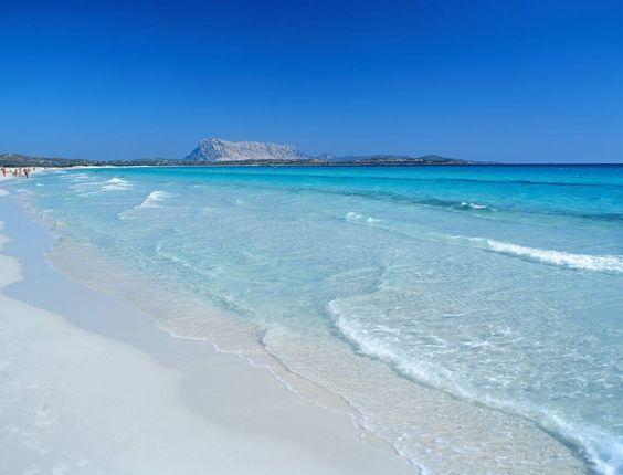 Die 12 Schonsten Strande Italiens Urlaub Italien Meer Die
