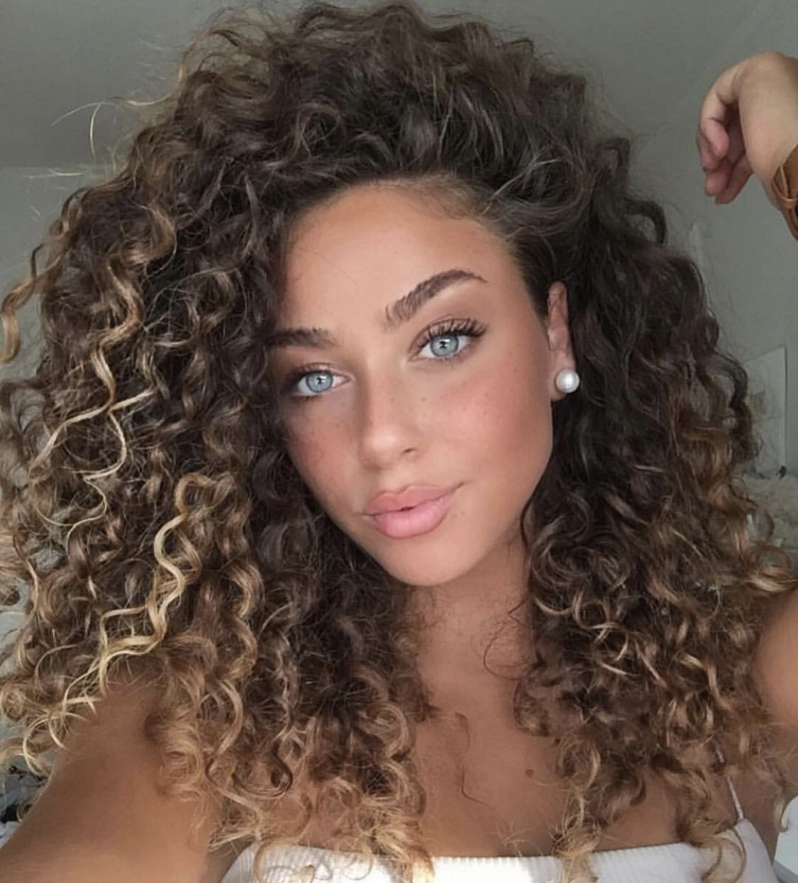 Pretty Curly Girl Hair Styles Curly Hair Styles Short Curly Haircuts