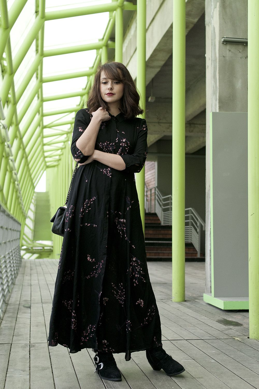 1c43da82bfe Longue robe fleurie en hiver Blog - mode paris look hiver 2017Dollyjessy