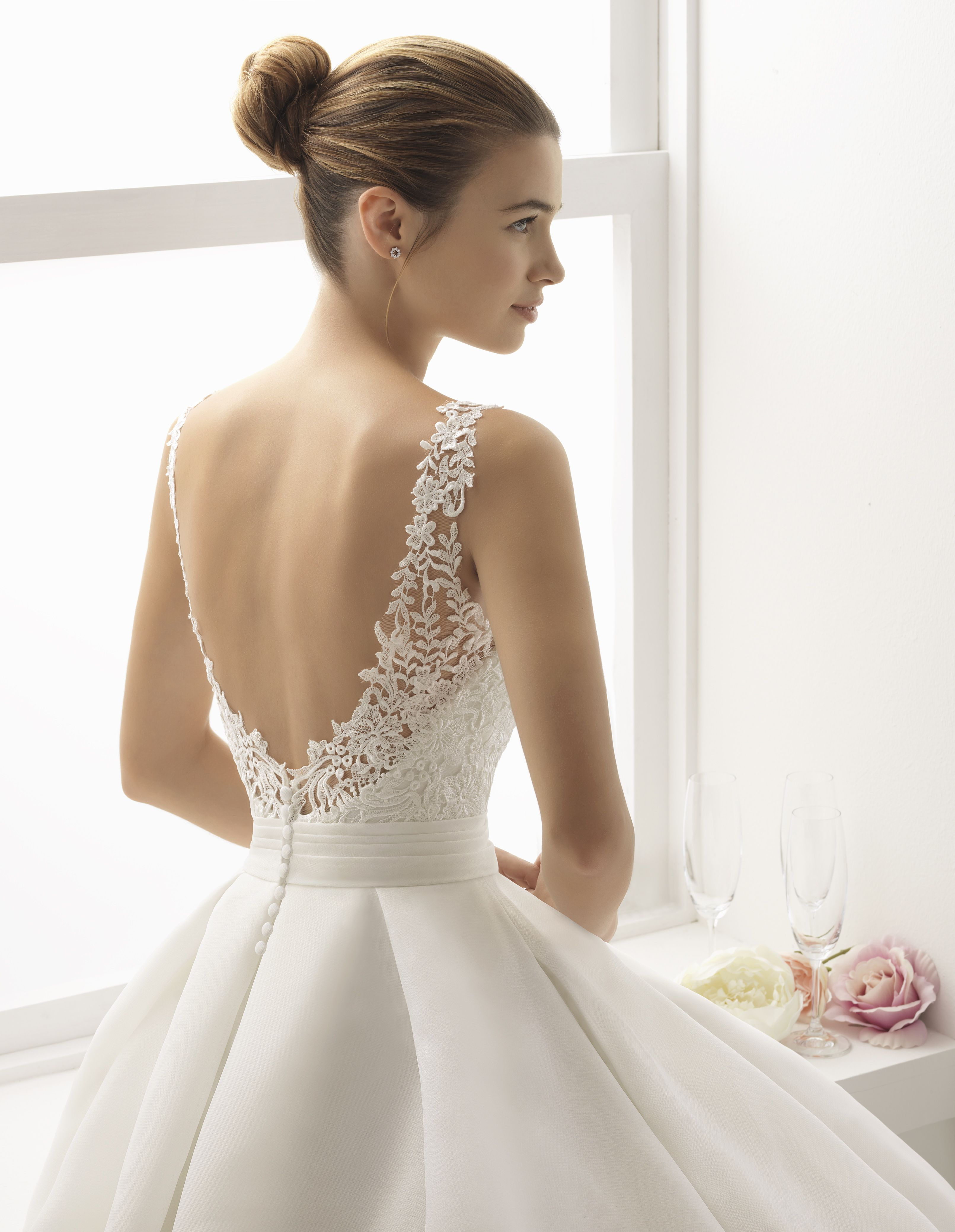 ab9036f19d2 Robe Bitacora  collection 2018  airebarcelona !  robesdemariee  robes   wedding  weddingdress  dress  bridal  mariée  mariage