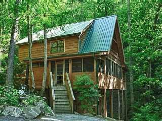 Total Relaxation And Privacy Gorgeous Mountain Cabin On A Stream Holiday Rental In Wears Valley Cabins In The Smokies Cabin Wilderness Lodge Cabins