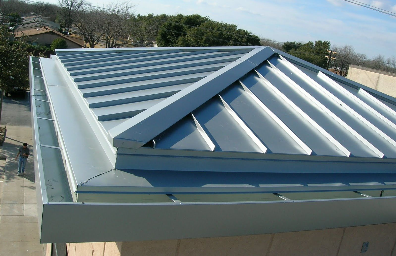 Metal Roofing For Commercial Buildings In Rochester Ny Http Citywideroofingrochester Com Metal Roof Installation Roof Architecture Metal Roof