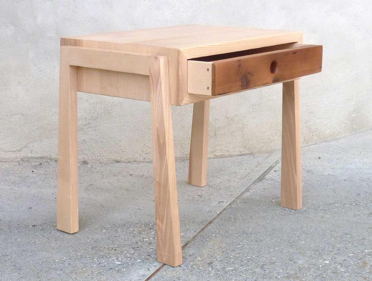 table de chevet design en fr ne et vieux bois m l ze your favorite furniture lyndon. Black Bedroom Furniture Sets. Home Design Ideas