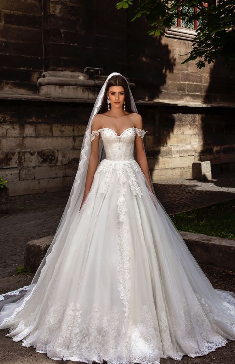 807c8081e54 Off-The-Shoulder Lace Embroidered Wedding Dress