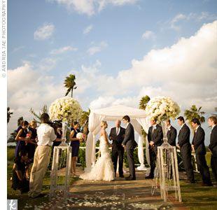 An Outdoor Jamaican Wedding On The Croquet Lawn At Half Moon Iconicwedding Www Halfmoon