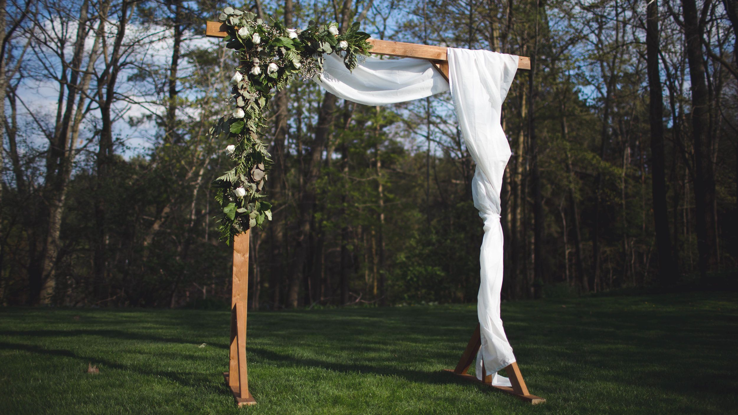 Diy wood wedding arbor diy wedding arbor wood wedding