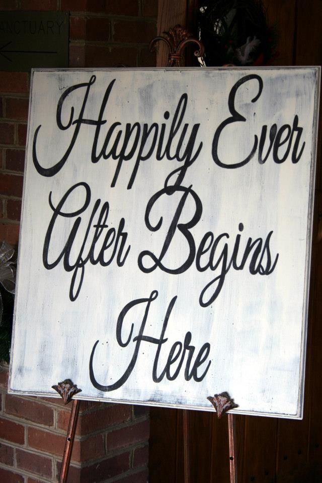 Great for entrance to ceremony or reception.   Made by Four Little Bubbles, Tami Wright Copeland. My favorite sign vendor