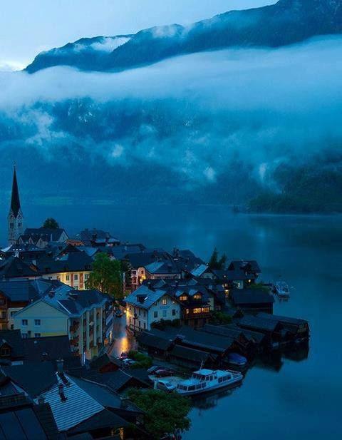 Dusk, Hallstatt, Austria