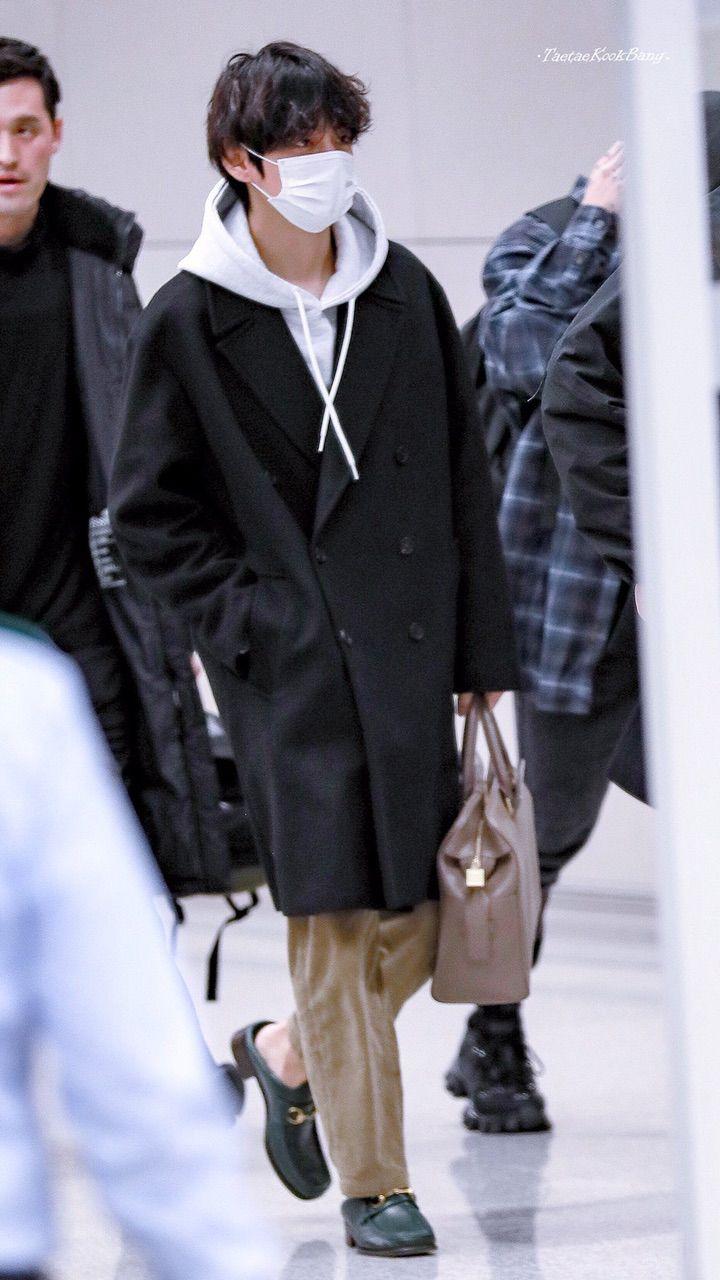 Bantanutye Saksafanistki 8 Dek 2019 V 22 39 Aeroport Inchhon Bantany Vernulis V Koreyu 20191209 In 2020 Bts Clothing Kpop Fashion Men Bts Inspired Outfits