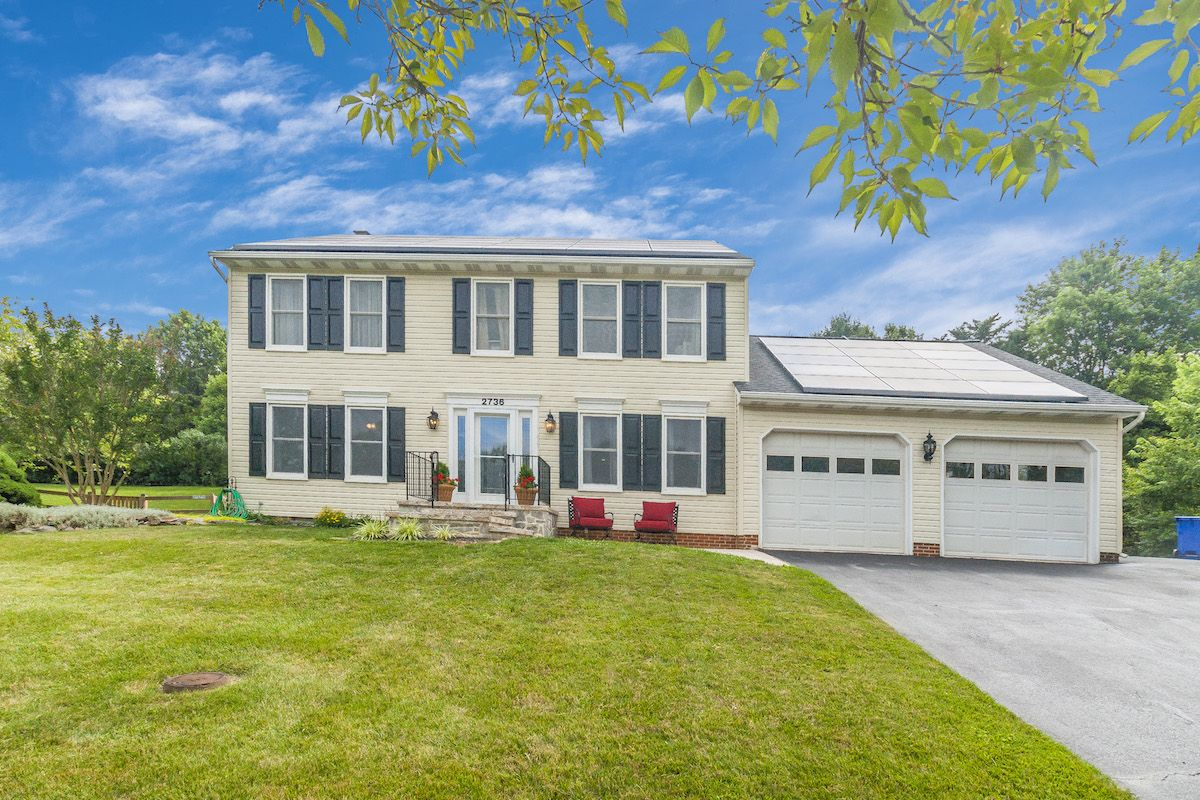 Sharon Bremer Of Century 21 Redwood Realty Just Listed 2736
