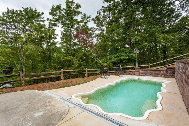 Mountain Lake Lodge - Private Pool & Private Lake in Ellijay
