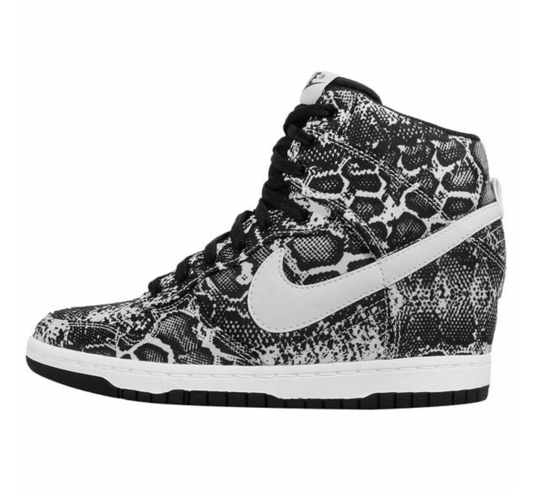 Pin do(a) Pantera em Tênis Nike </p>                     </div>   <!--bof Product URL --> <!--eof Product URL --> <!--bof Quantity Discounts table --> <!--eof Quantity Discounts table --> </div>                        </dd> <dt class=