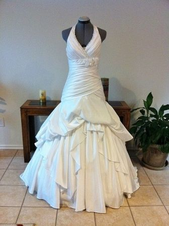 Preview advertisement recycled bride sundaysbridal pinterest preview advertisement recycled bride junglespirit Choice Image