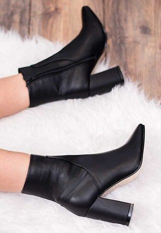 ALVARO BLOCK HEEL ANKLE BOOTS SHOES - BLACK
