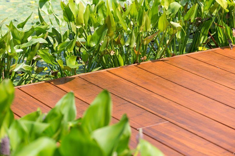 Bamboe vlonder in de tuin bamboe terras buiten terras met