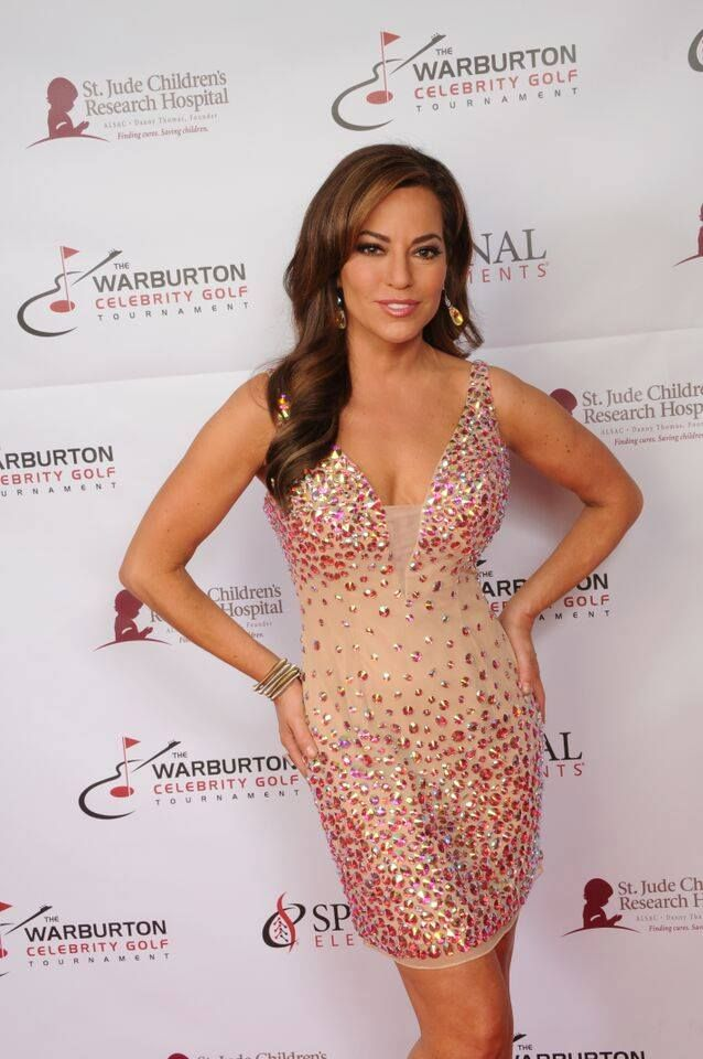 See Pictures Of Robin Meade Her Husband Tim Not Affiliated With