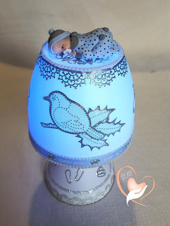 lampe de chevet blanche b b gar on bleu acier au c ur des. Black Bedroom Furniture Sets. Home Design Ideas