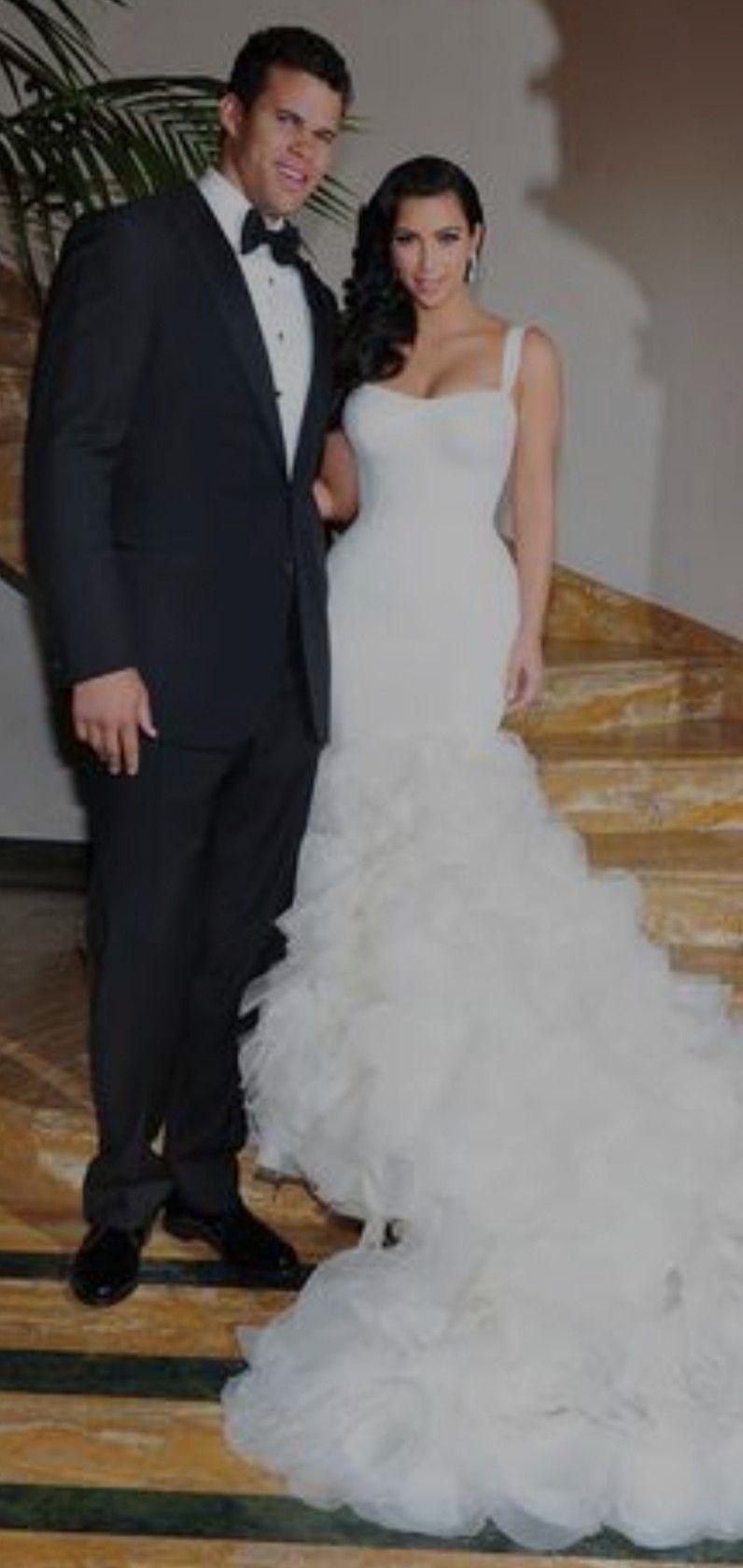 Pin By Katelyn Hansen On Wedding Ideas Kim Kardashian Wedding Dress Kim Kardashian Wedding Kardashian Wedding [ 1680 x 796 Pixel ]