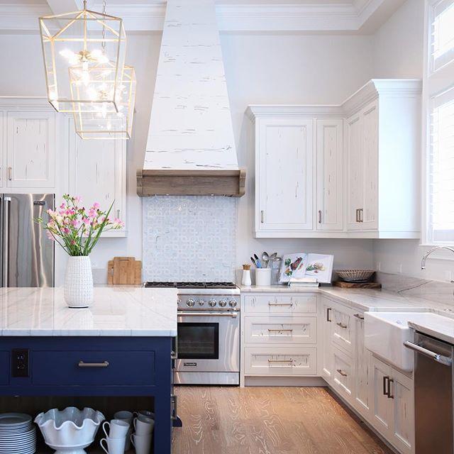 summer kitchen pendants regina andrew island bm hale - Regina Kitchen Cabinets