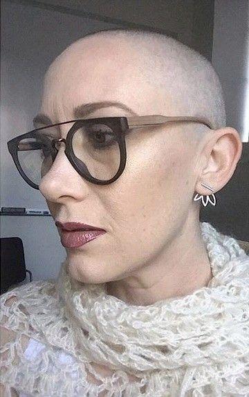 Pin von Schoenezeitreise auf Hair Dare: Smooth Razor Shave