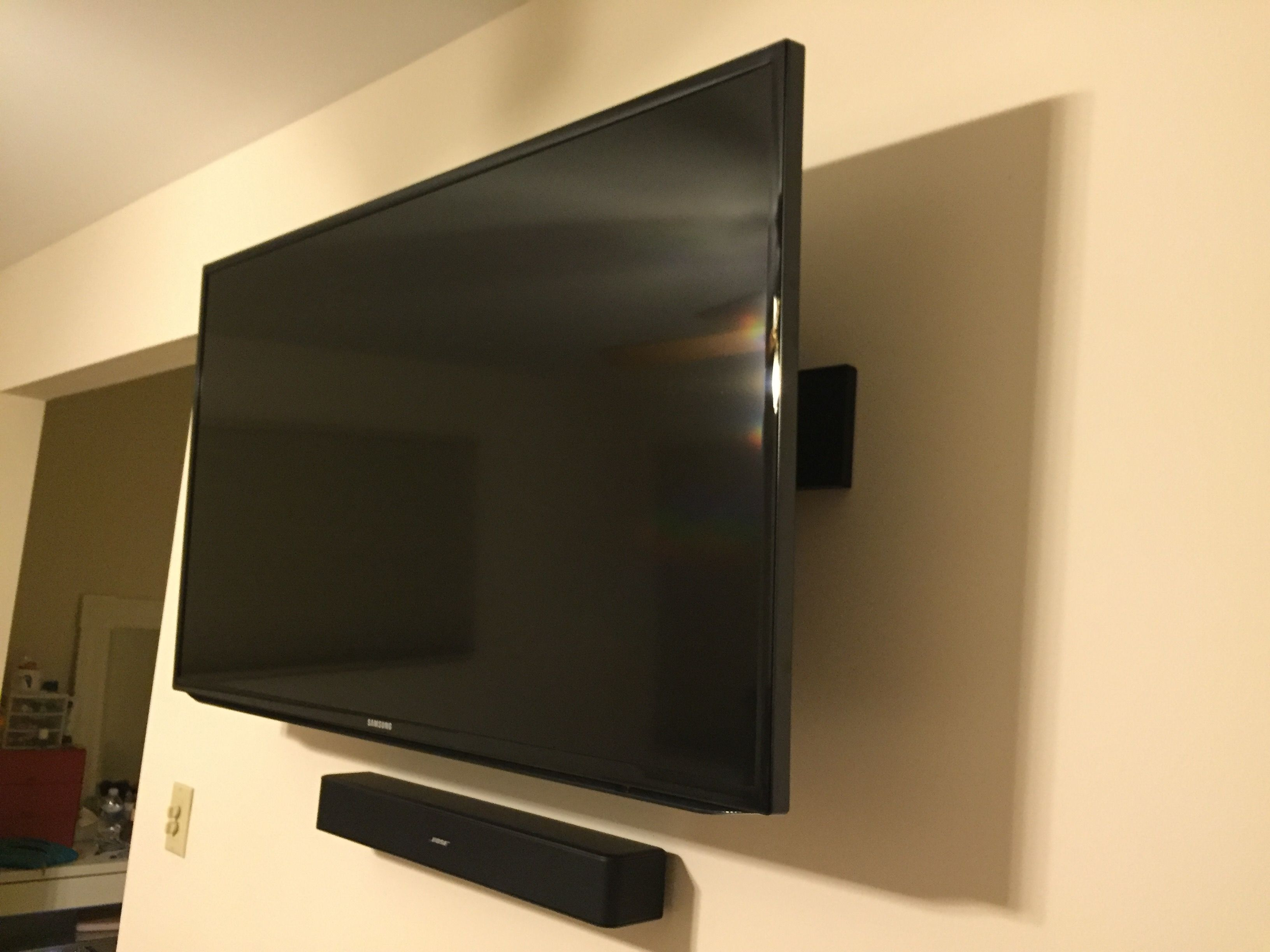 Fire Tv Wall Mounted Behind My 46 Samsung Led And Bose Solo 5 All Wires Are Hidden Behind And Inside The Drywall John Agudelo Gmail Com Hideit Mounts Wall Mounted Tv