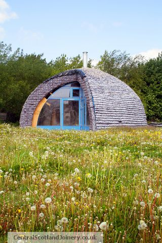 Dome Shaped House In The Meadow Buildings Strange And Unusual