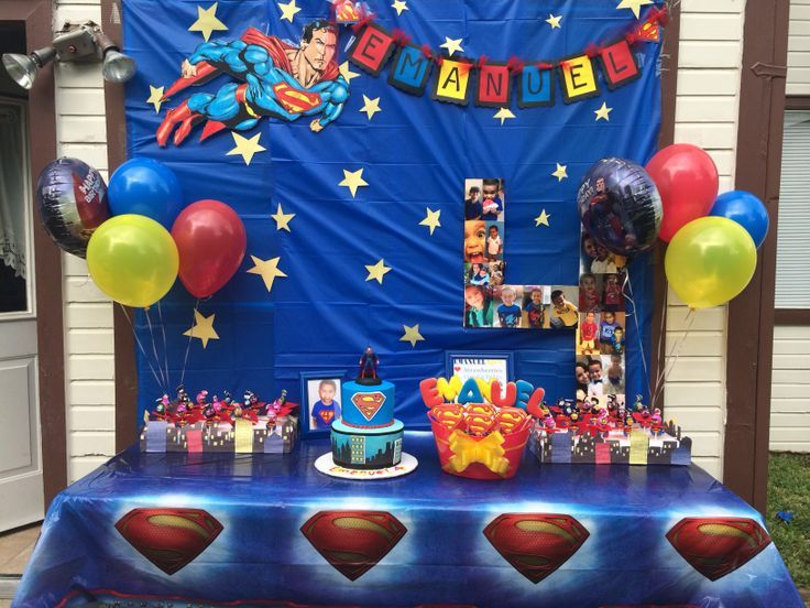Superman Party Set Up