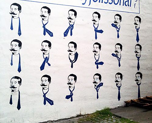 How to tie a tie graffiti in Iceland.