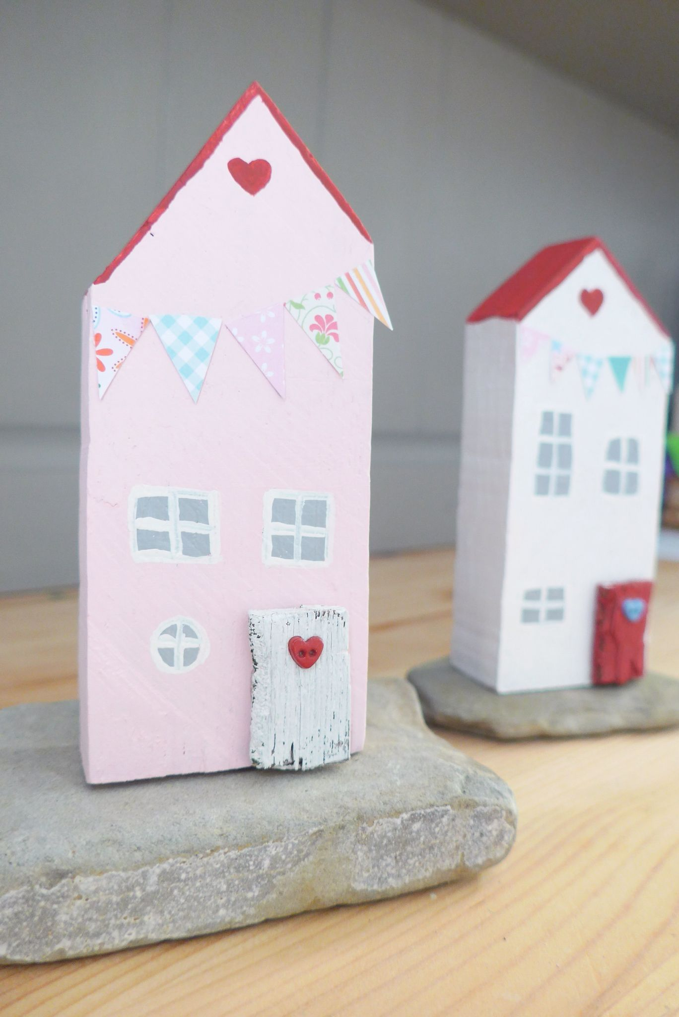 Mini wood houses with bunting. www.facebook.com/handmadebyemmac ...