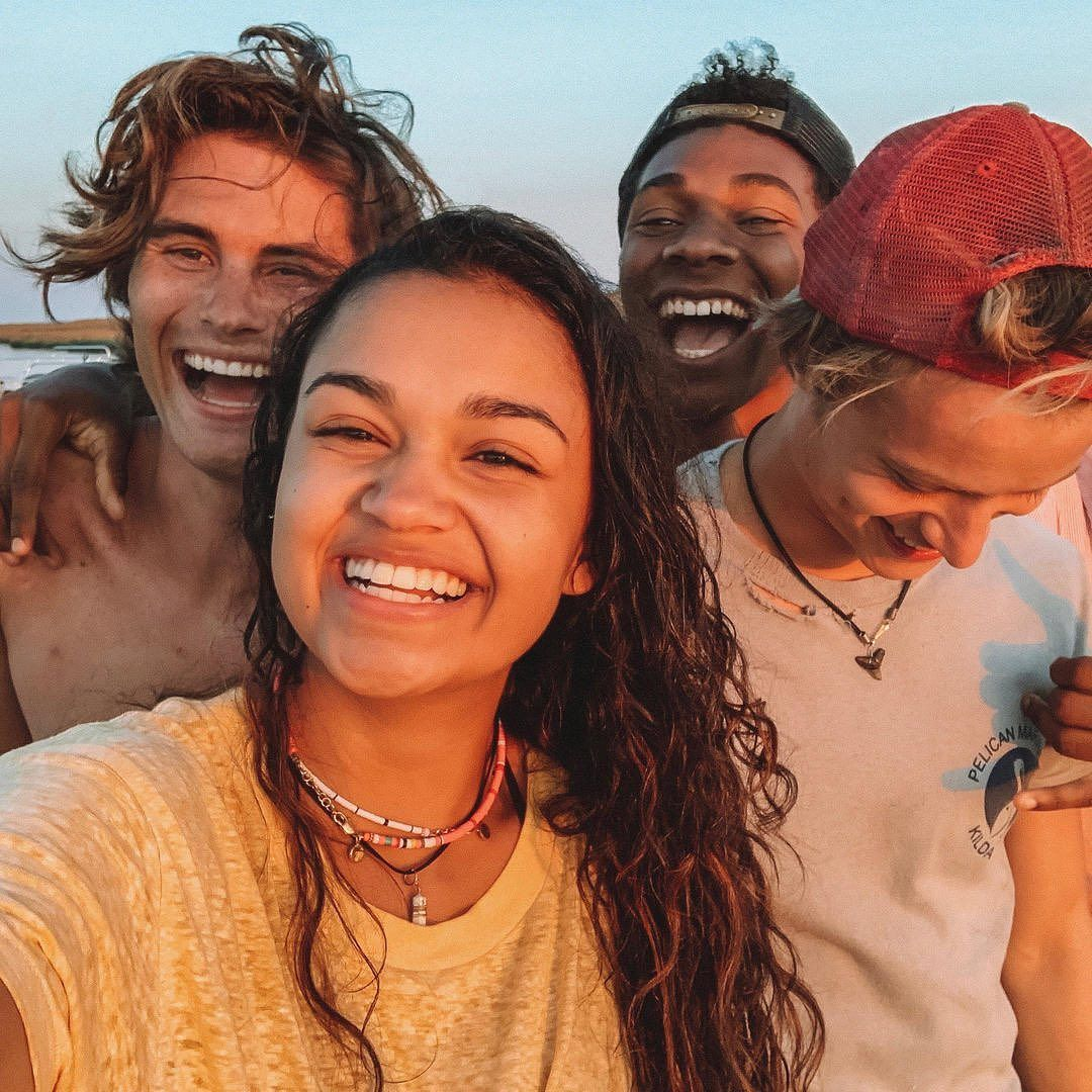Netflix Us On Instagram Just A Group Of Totally Normal Teenagers Who Are Definitely Not On A Very Wild Treasure Hunt Outer Bank The Pogues Outer Banks Outer