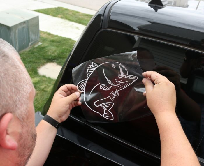How To Make A Vinyl Car Window Decal Sticker With Cricut Explore - Make your own decal for car