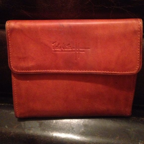 Vintage Johm Weitz Wallet Rare vintage John Weitz wallet in whiskey color. Good condition. Vintage John Weitz Bags Wallets