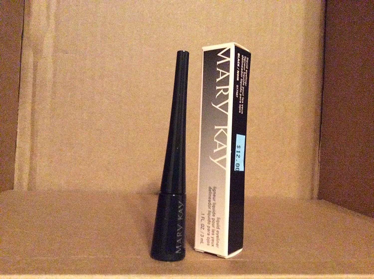 Mary Kay Liquid Eyeliner Black *** Learn more by