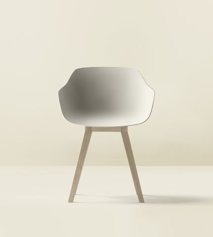 French design company Alki have just revealed the Kuskoa Bi — the world's first completely biodegradable chair.Their oak wood is sourced from sustainable forests and their coating is made fromBioplastic, is produced from 100 percent vegetable and renewable sources — such as beets, corn starch and sugar cane.