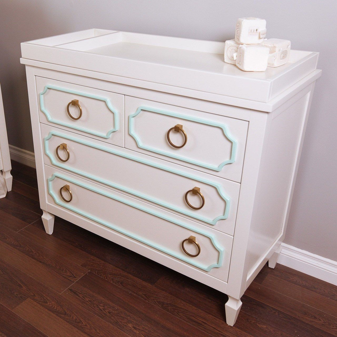 Newport Cottages Npc3260 9950 Wh Mt Knb09 Beverly 4 Drawer