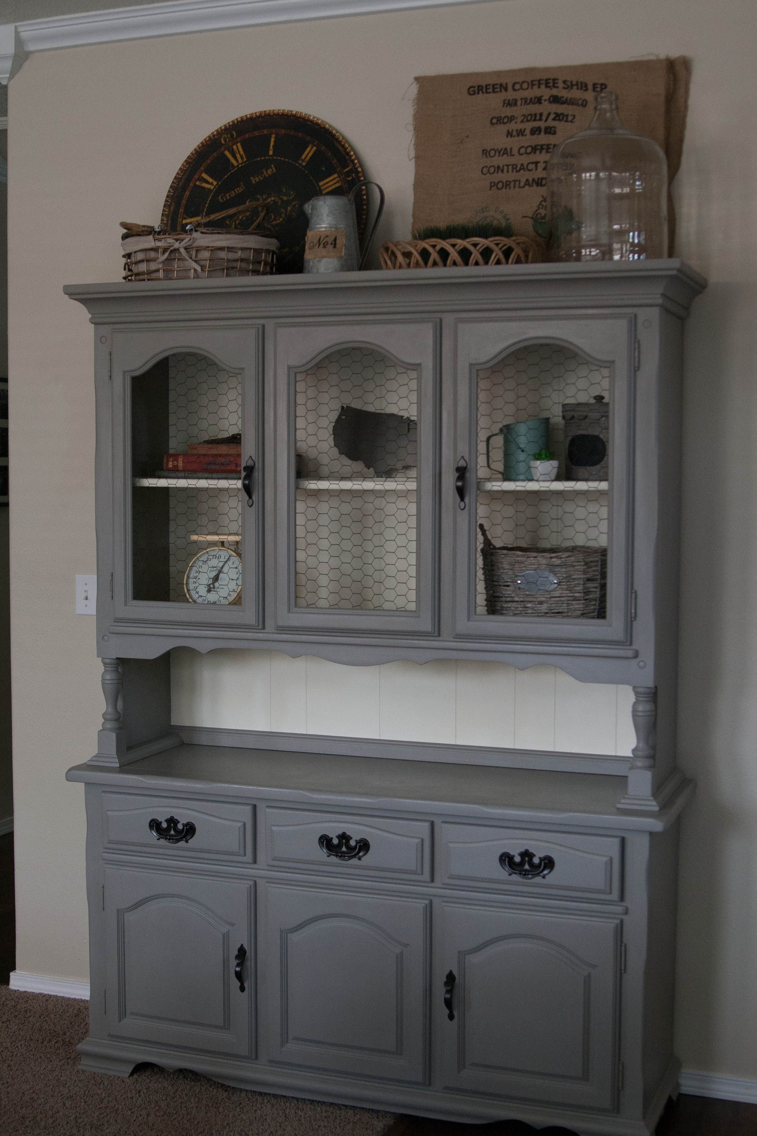 Refinished Hutch Annie Sloan Chalk Paint In French Linen
