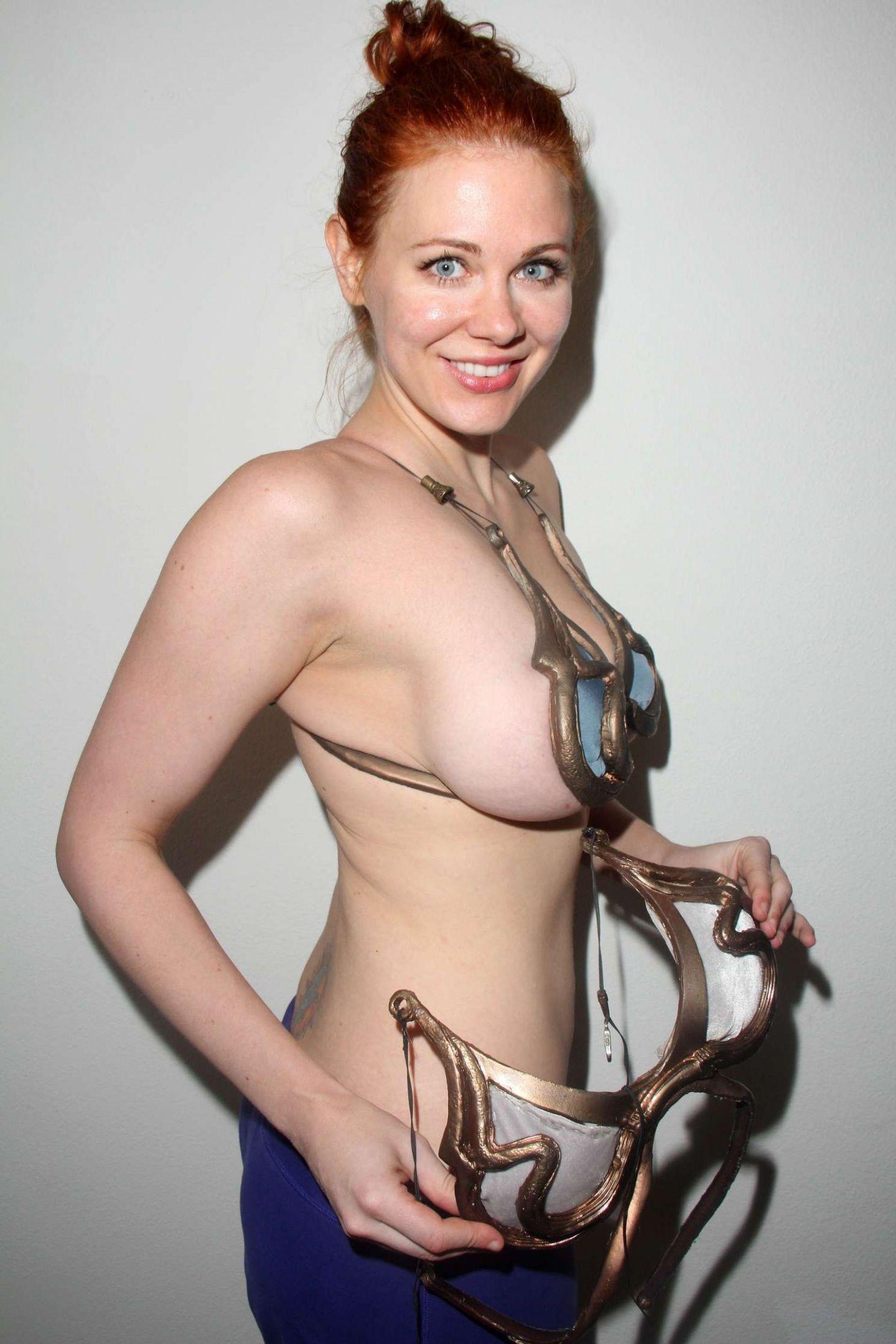 nude (12 photos), Is a cute Celebrites fotos