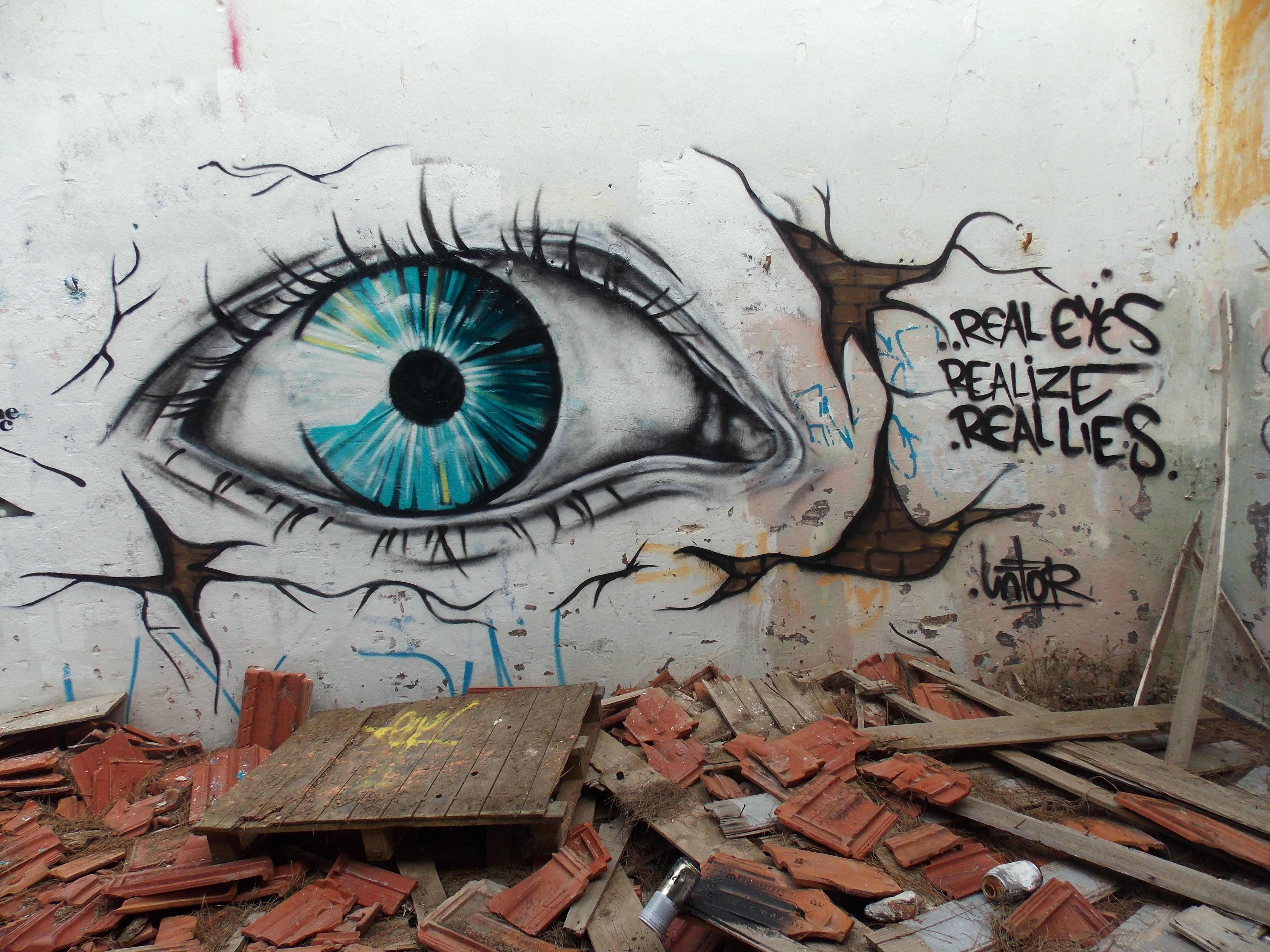Graffiti art with meaning - Street Art Eyes Google
