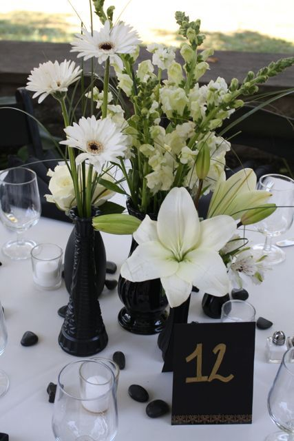 Black and white wedding floral table 12 white flower centerpieces black and white wedding floral table 12 white flower centerpieces by belvedere flowers for the mightylinksfo