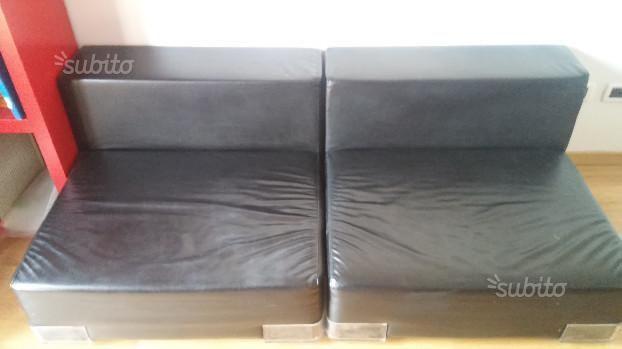 via SUBITO EURO 400 bologna Due poltrone Kartell Plastics Nero ...
