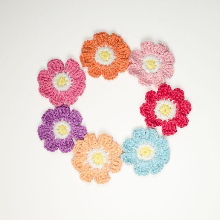 Free Crochet Pattern Flower Applique I Had A Lot Of Scraps Left
