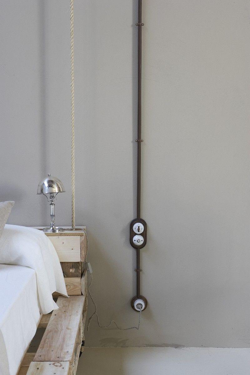 aufputzschalter serie garby einbaubeispiel image title example of installation electrics. Black Bedroom Furniture Sets. Home Design Ideas