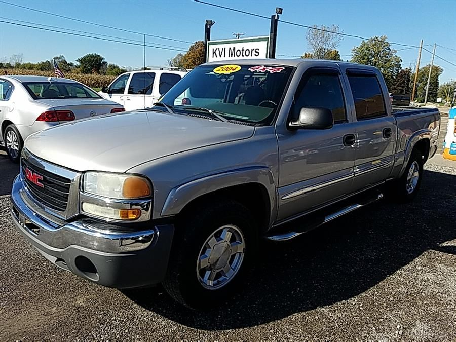 Used 2004 GMC Sierra 1500 Crew Cab in Davison, Michigan