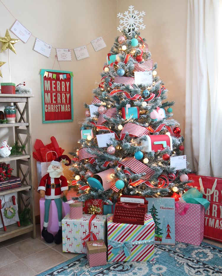 Letters To Santa Themed Christmas Tree - The Craft Patch