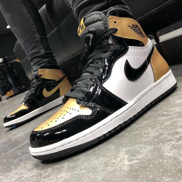 4fb4a74c03e Air Jordan 1 High OG Gold Toe in 2019 | AIR JORDANS | Sneakers, Nike ...
