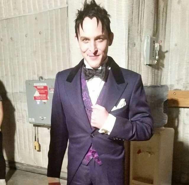 Oswald looks good in purple