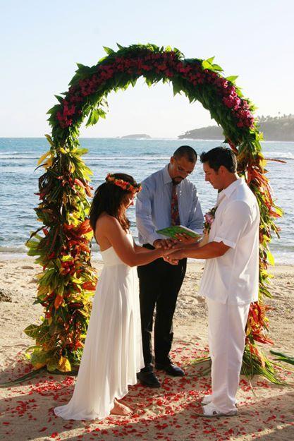 Gorgeous Fiji Wedding #weddingplanning #destinationwedding