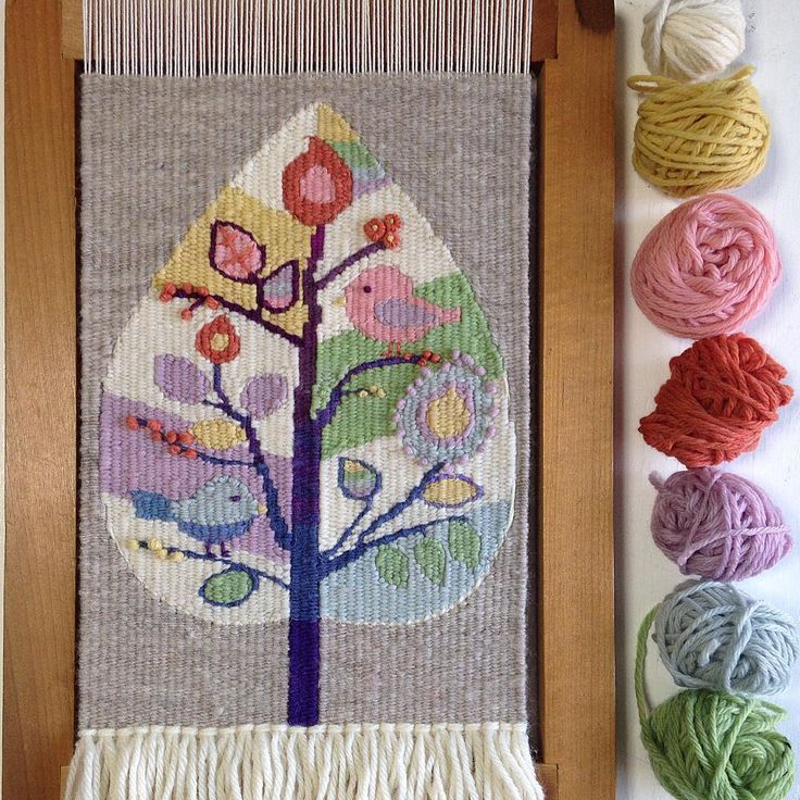 """""""I have finished weaving.These beautiful yarns are from @iamalchemy . Her yarn...   - Tapices -"""
