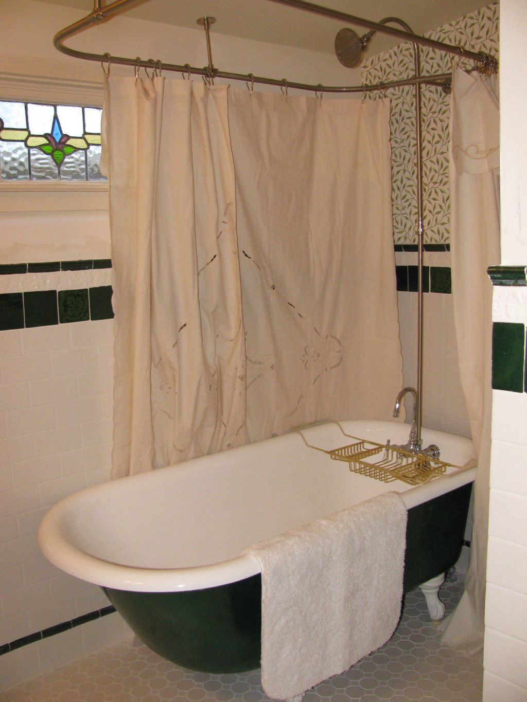 Best 13 Clawfoot Tub Shower Curtain Decorating Ideas Classic